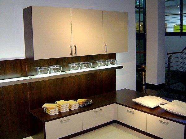k chen m nchen k chen galerie moderne k chen teil 2 k chen universum m nchen. Black Bedroom Furniture Sets. Home Design Ideas
