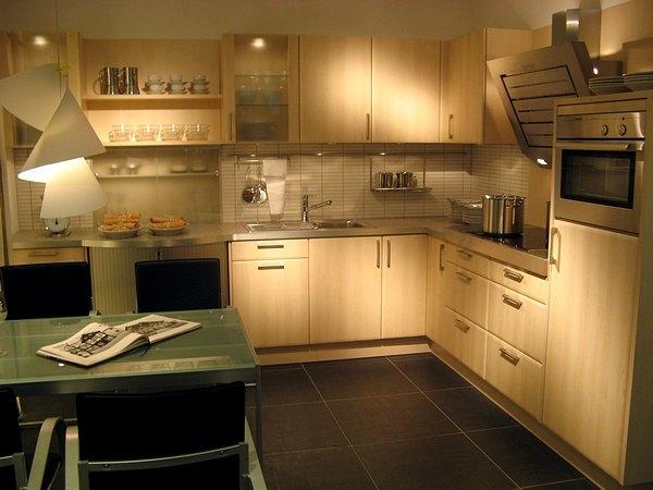 k chen m nchen k chen galerie messeneuheiten 2007 2008 teil 1 k chen universum m nchen. Black Bedroom Furniture Sets. Home Design Ideas