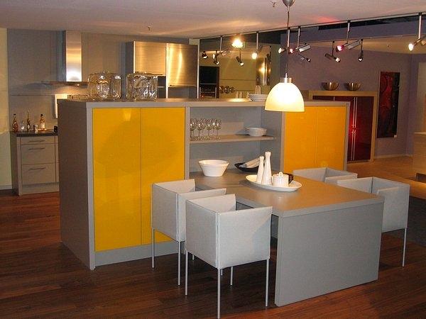 k chen m nchen k chen galerie moderne k chen teil 1 k chen universum m nchen. Black Bedroom Furniture Sets. Home Design Ideas